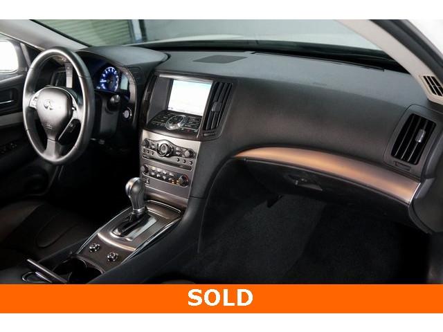 2015 INFINITI Q40 4D Sedan - 504050W - Image 26