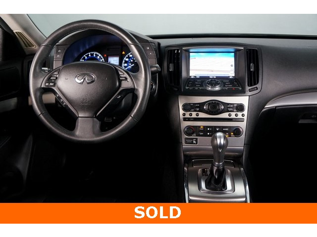 2015 INFINITI Q40 4D Sedan - 504050W - Image 30