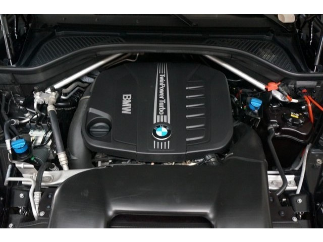 2014 BMW X5 DIESEL 4D Sport Utility - 504060W - Image 14
