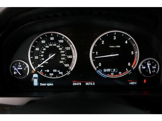 2014 BMW X5 DIESEL 4D Sport Utility - 504060W - Image 38
