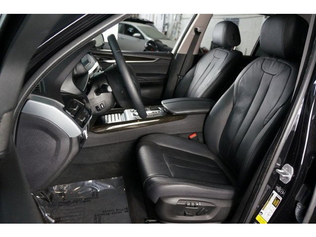 2014 BMW X5 DIESEL 4D Sport Utility - 504060W - Image 19