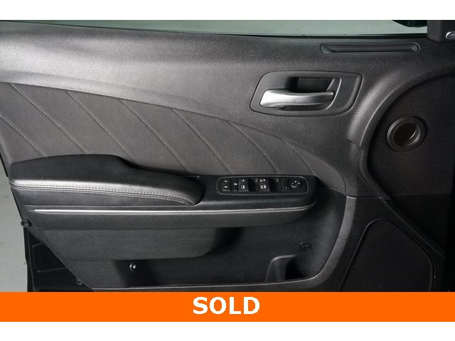 2017 Dodge Charger 4D Sedan - 504090W - Image 16