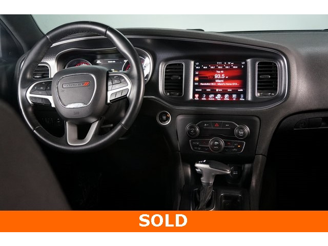 2017 Dodge Charger 4D Sedan - 504090W - Image 31