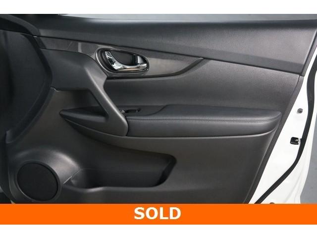 2017 Nissan Rogue 4D Sport Utility - 504093W - Image 27