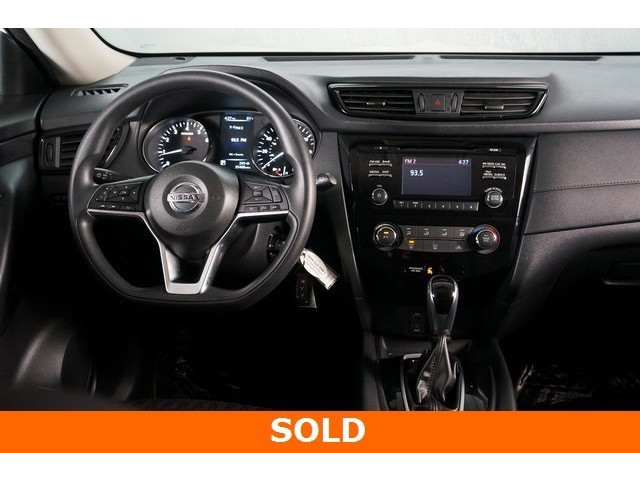 2017 Nissan Rogue 4D Sport Utility - 504093W - Image 31