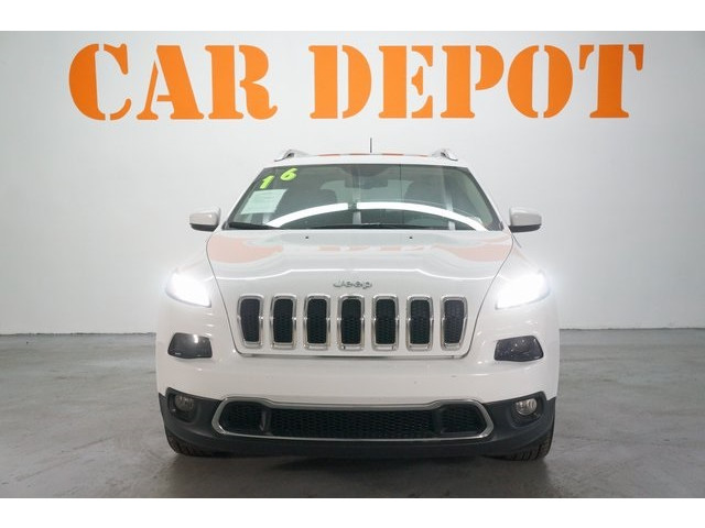 2016 Jeep Cherokee 4D Sport Utility - 504131 - Image 2