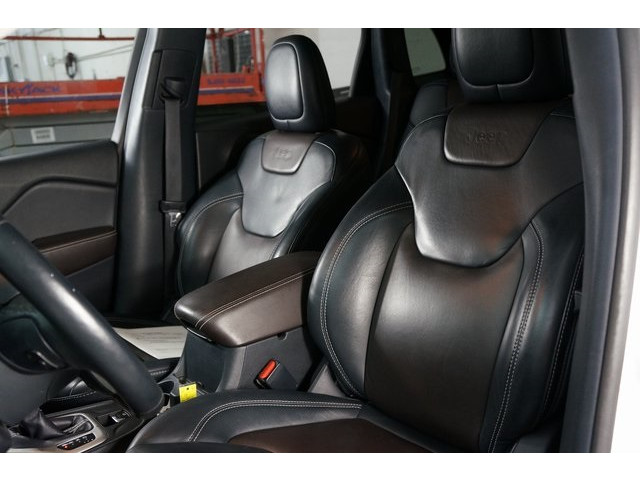 2016 Jeep Cherokee 4D Sport Utility - 504131 - Image 20