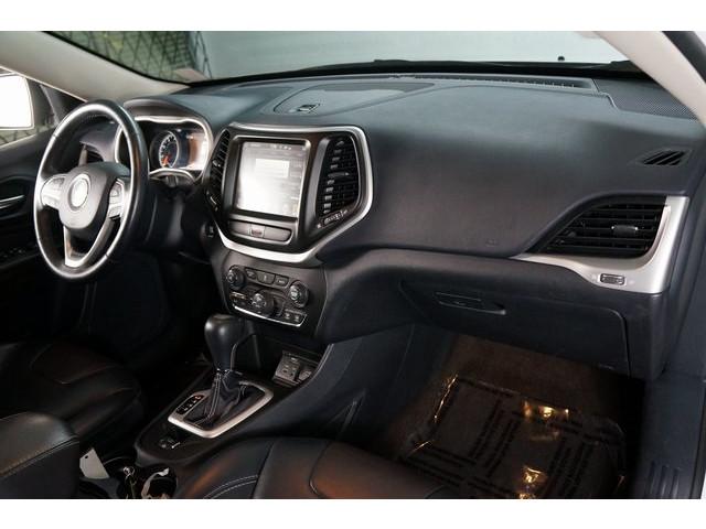 2016 Jeep Cherokee 4D Sport Utility - 504131 - Image 28