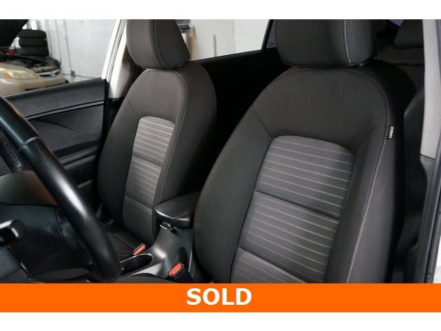 2015 Kia Forte 4D Hatchback - 504161S - Image 18