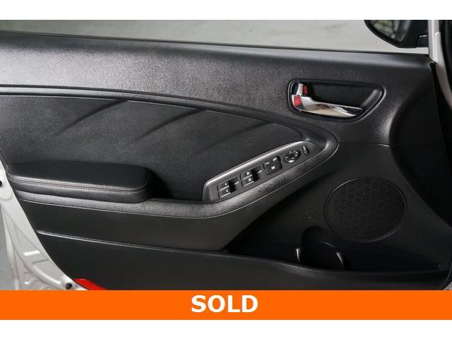 2015 Kia Forte 4D Hatchback - 504161S - Image 21