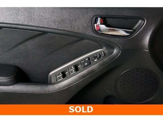 2015 Kia Forte 4D Hatchback - 504161S - Image 22