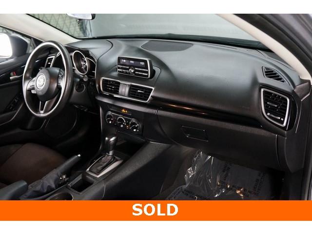 2014 Mazda Mazda3 Sport 4D Sedan - 504157 - Image 29