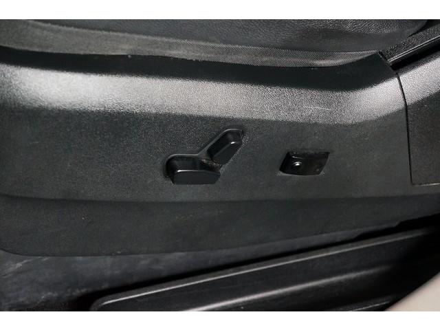 2015 Chrysler Town & Country  4D Passenger Van  - 504177 - Image 22
