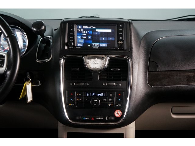 2015 Chrysler Town & Country 4D Passenger Van - 504177 - Image 33