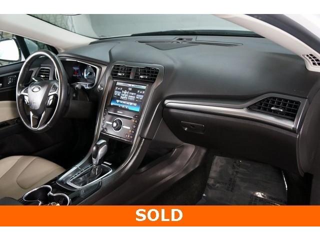 2016 Ford Fusion 4D Sedan - 504187 - Image 27