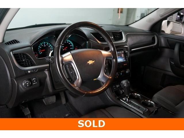 2015 Chevrolet Traverse 1LT 4D Sport Utility - 504184S - Image 17