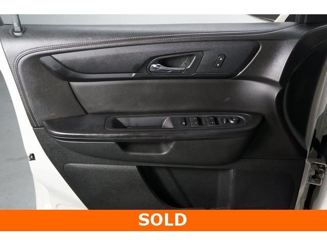 2015 Chevrolet Traverse 1LT 4D Sport Utility - 504184S - Image 15