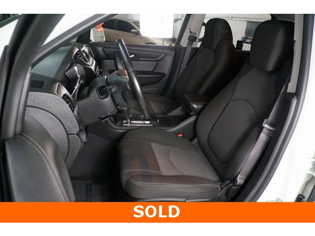 2015 Chevrolet Traverse 1LT 4D Sport Utility - 504184S - Image 18