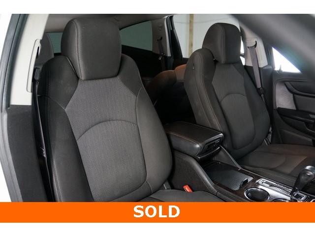 2015 Chevrolet Traverse 1LT 4D Sport Utility - 504184S - Image 28
