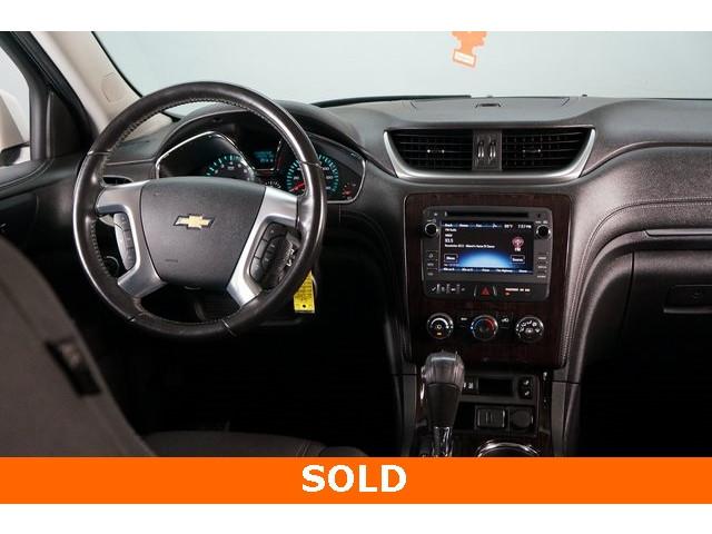 2015 Chevrolet Traverse 1LT 4D Sport Utility - 504184S - Image 30