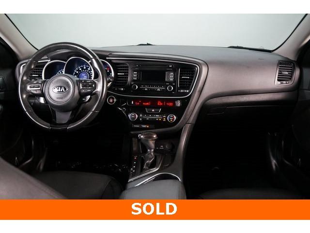 2015 Kia Optima 4D Sedan - 504209 - Image 31