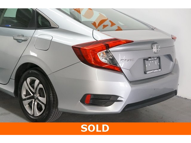 2016 Honda Civic 4D Sedan - 504226 - Image 11