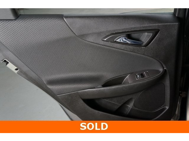 2018 Chevrolet Malibu 4D Sedan - 504268 - Image 22