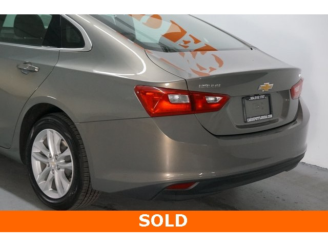 2018 Chevrolet Malibu 4D Sedan - 504268 - Image 11