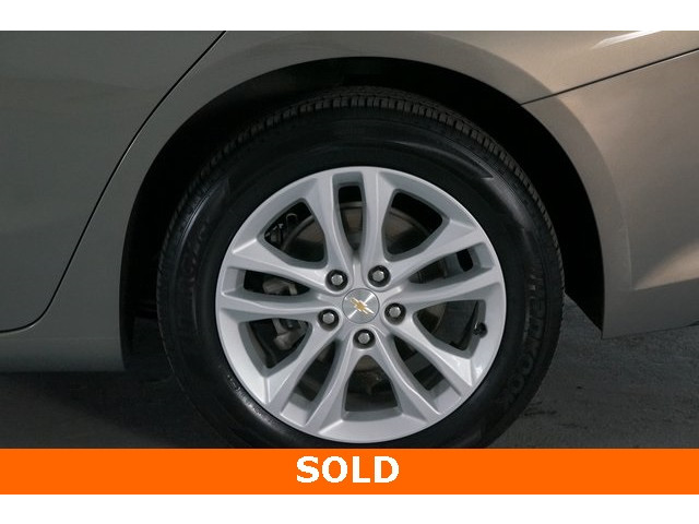 2018 Chevrolet Malibu 4D Sedan - 504268 - Image 13