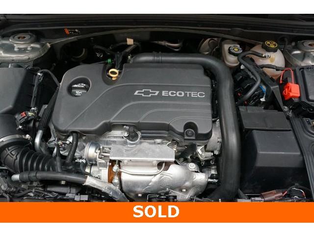 2018 Chevrolet Malibu 4D Sedan - 504268 - Image 14