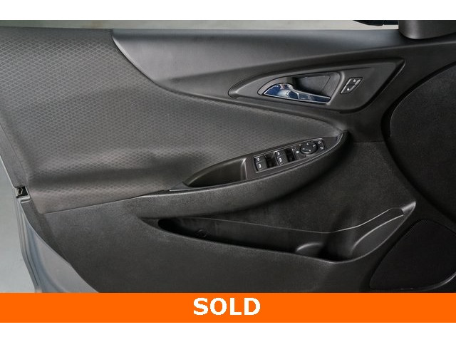 2018 Chevrolet Malibu 4D Sedan - 504268 - Image 16