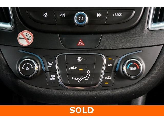 2018 Chevrolet Malibu 4D Sedan - 504268 - Image 35