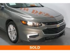 2018 Chevrolet Malibu 4D Sedan - 504268 - Thumbnail 9