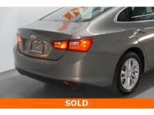 2018 Chevrolet Malibu 4D Sedan - 504268 - Thumbnail 12