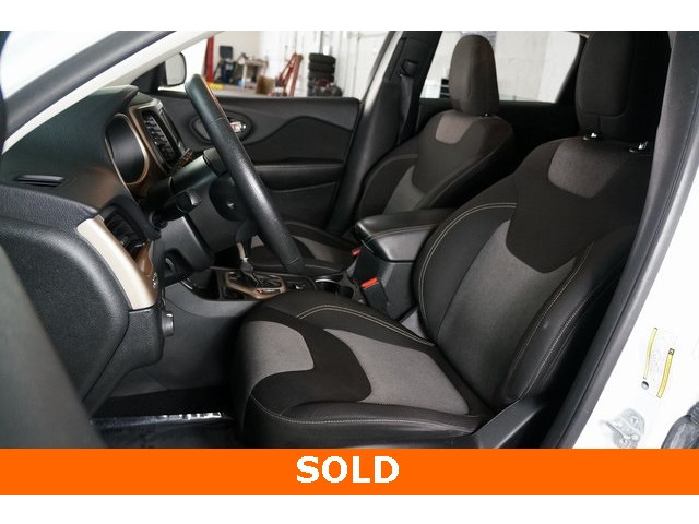 2014 Jeep Cherokee 4D Sport Utility - 503096 - Image 14