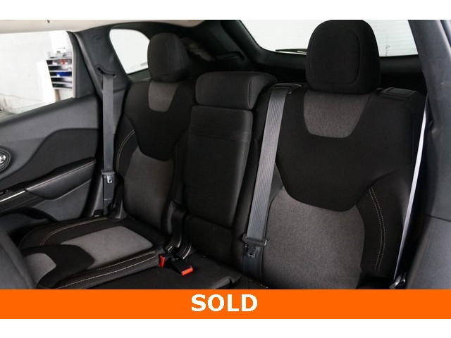 2014 Jeep Cherokee 4D Sport Utility - 503096 - Image 21