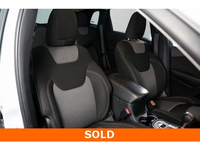 2014 Jeep Cherokee 4D Sport Utility - 503096 - Image 25
