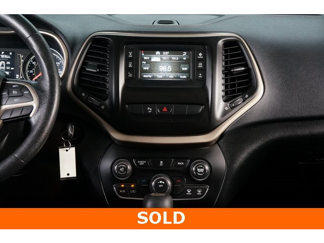 2014 Jeep Cherokee 4D Sport Utility - 503096 - Image 29
