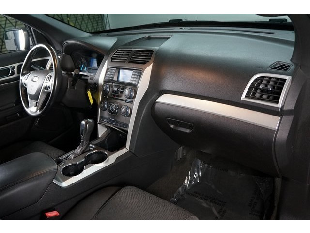 2015 Ford Explorer 4D Sport Utility - 504263 - Image 30