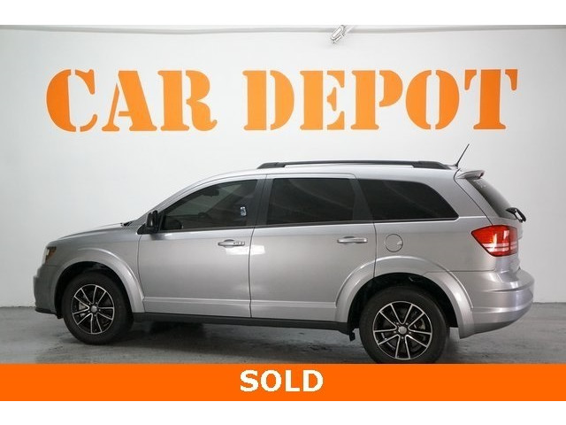 2017 Dodge Journey 4D Sport Utility - 504261 - Image 5