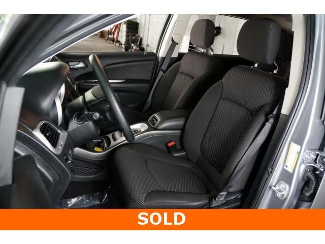 2017 Dodge Journey 4D Sport Utility - 504261 - Image 19