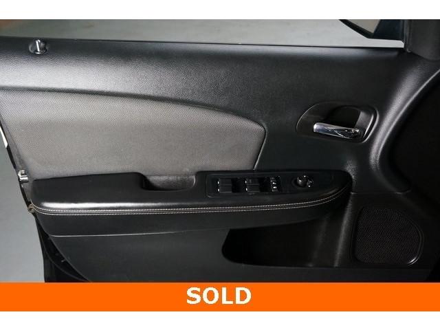 2014 Dodge Avenger 4D Sedan - 503104 - Image 16