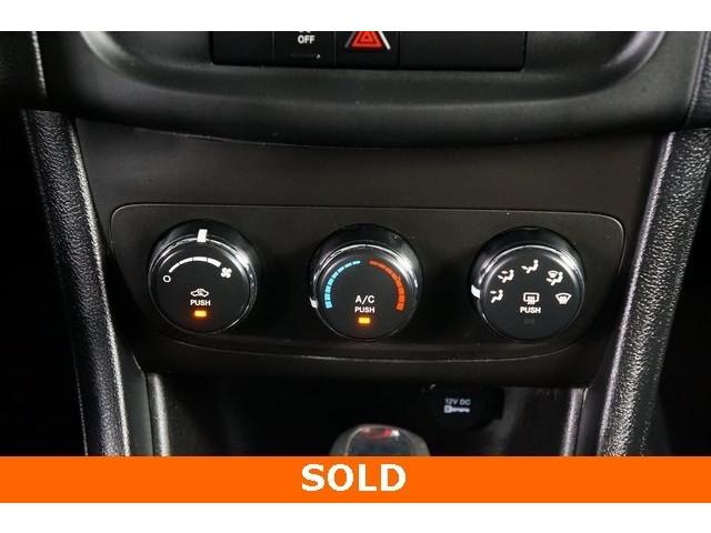 2014 Dodge Avenger 4D Sedan - 503104 - Image 32