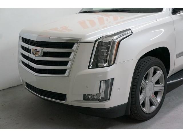 2018 Cadillac Escalade 4D Sport Utility - 504732T - Image 10
