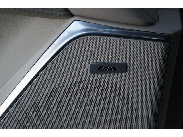 2018 Cadillac Escalade 4D Sport Utility - 504732T - Image 17