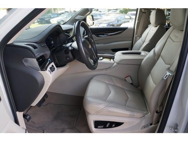 2018 Cadillac Escalade 4D Sport Utility - 504732T - Image 19