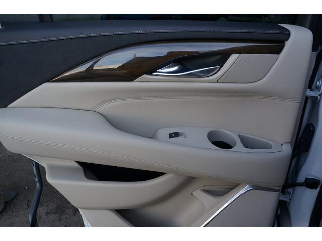 2018 Cadillac Escalade 4D Sport Utility - 504732T - Image 23