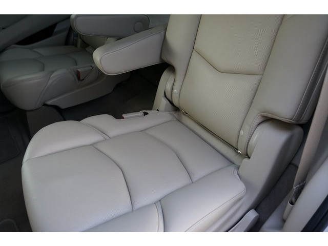 2018 Cadillac Escalade 4D Sport Utility - 504732T - Image 27