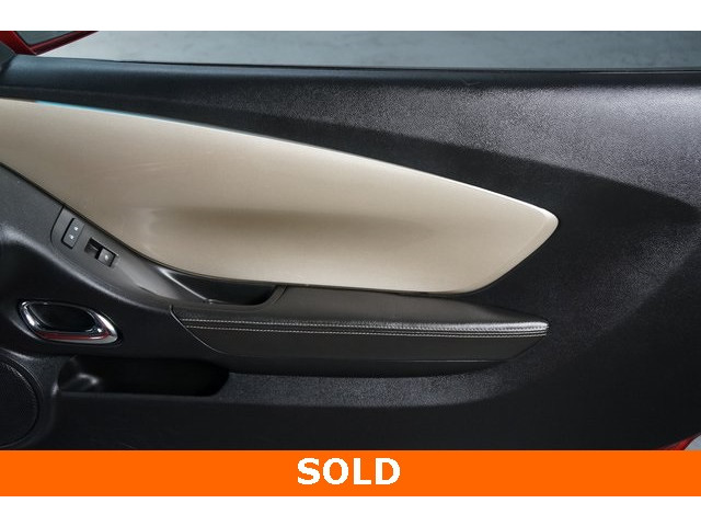 2015 Chevrolet Camaro 2LT 2D Coupe - 504282 - Image 26
