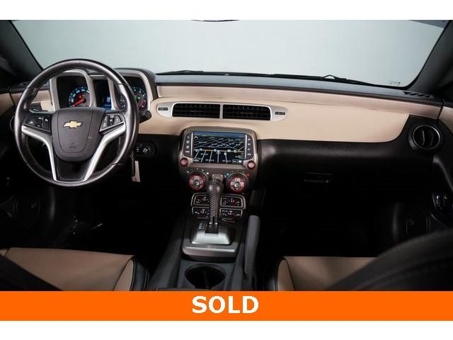 2015 Chevrolet Camaro 2LT 2D Coupe - 504282 - Image 30